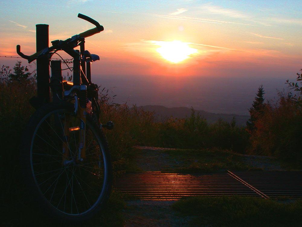 Während der Mountainbiketour ist die Doagl Alm eine Rast wert.
